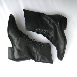 Vintage black leather witch boots flat 6.5